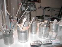 A4 - tins